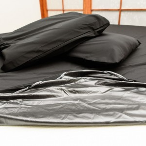 eroticgel-black-waterproof-fitted-queen-sheet-pillow-cases